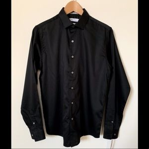 NWT Black Calvin Klein Sateen Button Down SZ 18